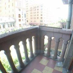 Апартаменты ZARA Ереван балкон