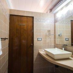 Отель Coconut Creek Гоа ванная фото 2