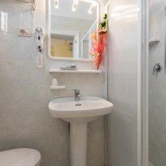 Hotel Corinna Римини ванная