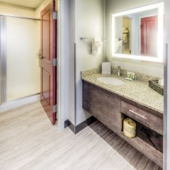 Отель Staybridge Suites University Area Osu ванная фото 2