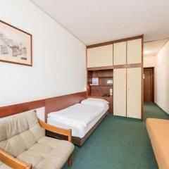 Отель Benediktushaus Австрия, Вена - отзывы, цены и фото номеров - забронировать отель Benediktushaus онлайн комната для гостей фото 2
