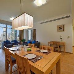 Oaks Liwa Heights Hotel Apartments в номере