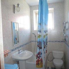 Гостиница Гостевой Дом Мишель в Сочи отзывы, цены и фото номеров - забронировать гостиницу Гостевой Дом Мишель онлайн ванная