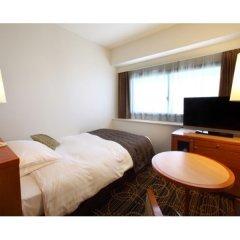 Отель KKR Hotel Tokyo Япония, Токио - отзывы, цены и фото номеров - забронировать отель KKR Hotel Tokyo онлайн удобства в номере фото 2