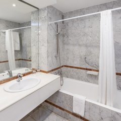 Отель Sol Palmeras ванная