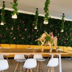 Отель Planas Испания, Салоу - 4 отзыва об отеле, цены и фото номеров - забронировать отель Planas онлайн гостиничный бар
