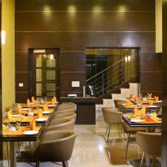 Отель Fab Hotel Prime Shervani Индия, Нью-Дели - отзывы, цены и фото номеров - забронировать отель Fab Hotel Prime Shervani онлайн питание фото 2