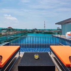 Отель Nova Express Pattaya Hotel Таиланд, Паттайя - отзывы, цены и фото номеров - забронировать отель Nova Express Pattaya Hotel онлайн бассейн