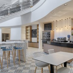 Отель The Westin Dragonara Resort, Malta гостиничный бар