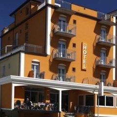 Отель Berenice Италия, Римини - 1 отзыв об отеле, цены и фото номеров - забронировать отель Berenice онлайн вид на фасад
