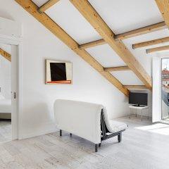 Апартаменты Hello Lisbon Castelo Apartments комната для гостей