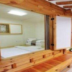 Отель Irang Hanok Guesthouse Южная Корея, Сеул - отзывы, цены и фото номеров - забронировать отель Irang Hanok Guesthouse онлайн комната для гостей фото 5