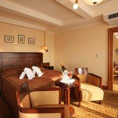 Отель Majestic Plaza Чехия, Прага - 8 отзывов об отеле, цены и фото номеров - забронировать отель Majestic Plaza онлайн комната для гостей фото 2