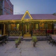 Отель OYO 280 Hob Nob Garden Resort Непал, Катманду - отзывы, цены и фото номеров - забронировать отель OYO 280 Hob Nob Garden Resort онлайн питание