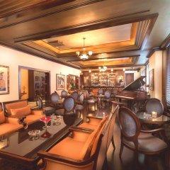Отель CORNICHE Абу-Даби гостиничный бар