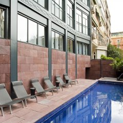 Отель Suites Avenue Испания, Барселона - отзывы, цены и фото номеров - забронировать отель Suites Avenue онлайн бассейн фото 2