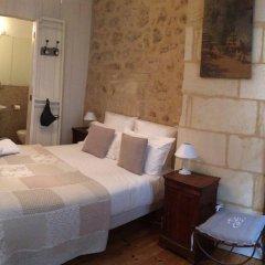 Отель La Maison Colline Франция, Сент-Эмильон - отзывы, цены и фото номеров - забронировать отель La Maison Colline онлайн комната для гостей фото 3