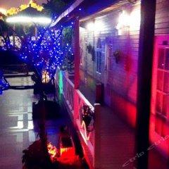 Xinyaqi Hotel развлечения