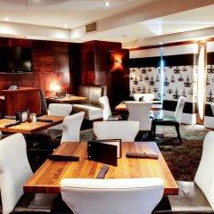 Отель Sandman Hotel Vancouver City Centre Канада, Ванкувер - отзывы, цены и фото номеров - забронировать отель Sandman Hotel Vancouver City Centre онлайн питание фото 2