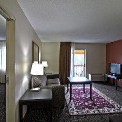 Отель Chicago Club Inn & Suites комната для гостей фото 5