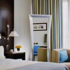 Отель Hyatt Regency Nice Palais De La Mediterranee Ницца сейф в номере