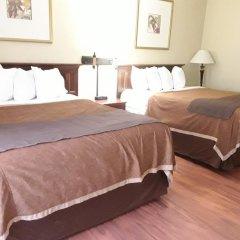 Отель Chicago Club Inn & Suites комната для гостей
