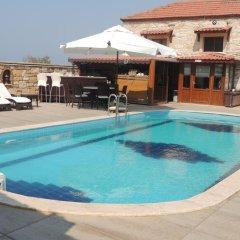 Kozbeyli Konagi Турция, Helvaci - отзывы, цены и фото номеров - забронировать отель Kozbeyli Konagi онлайн бассейн
