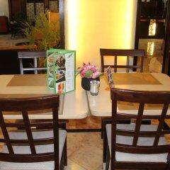 Отель Palm Grove Hotel Филиппины, Манила - отзывы, цены и фото номеров - забронировать отель Palm Grove Hotel онлайн питание