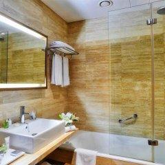 Отель NH Collection Palacio de Tepa ванная фото 2
