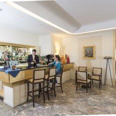 Отель Terme Milano Италия, Абано-Терме - 1 отзыв об отеле, цены и фото номеров - забронировать отель Terme Milano онлайн гостиничный бар