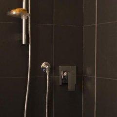 Отель Laxmi Guesthouse B&B Италия, Генуя - отзывы, цены и фото номеров - забронировать отель Laxmi Guesthouse B&B онлайн ванная фото 2