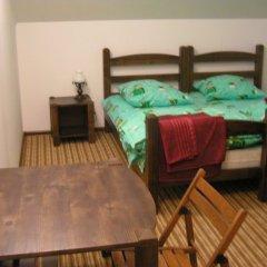 Гостиница Дубки комната для гостей фото 2