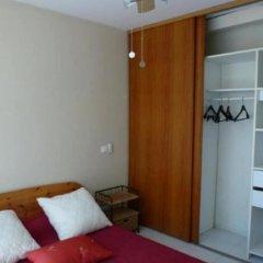 Отель Property With one Bedroom in Saint-hippolyte-le-graveyron, With Wonder комната для гостей фото 2
