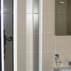 Гостиница Берлога в Шерегеше отзывы, цены и фото номеров - забронировать гостиницу Берлога онлайн Шерегеш ванная