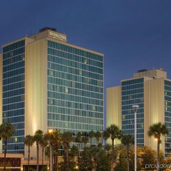 Отель DoubleTree by Hilton at the Entrance to Universal Orlando вид на фасад фото 2