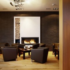 City West Hotel & Restaurant интерьер отеля