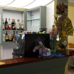 Hotel Milano Гаттео-а-Маре гостиничный бар