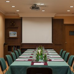 Отель Occidental Sharjah Grand ОАЭ, Шарджа - 8 отзывов об отеле, цены и фото номеров - забронировать отель Occidental Sharjah Grand онлайн помещение для мероприятий фото 2