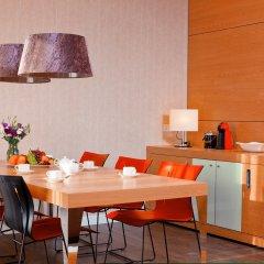 Гостиница Radisson Blu Resort Bukovel Украина, Буковель - 3 отзыва об отеле, цены и фото номеров - забронировать гостиницу Radisson Blu Resort Bukovel онлайн в номере
