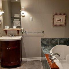 Отель Auberge Le jardin dAntoine Канада, Монреаль - отзывы, цены и фото номеров - забронировать отель Auberge Le jardin dAntoine онлайн ванная фото 2