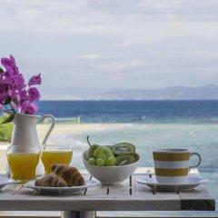Отель Oasis Beach Hotel Греция, Агистри - отзывы, цены и фото номеров - забронировать отель Oasis Beach Hotel онлайн балкон