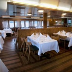 Отель Hotellilaiva Isosaari Hotelboat Isosaari Хельсинки помещение для мероприятий