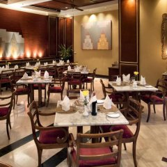 Отель Mercure Mandalay Hill Resort питание