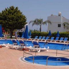 Отель Maistros Hotel Apartments Кипр, Протарас - отзывы, цены и фото номеров - забронировать отель Maistros Hotel Apartments онлайн бассейн фото 3