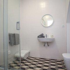 Отель Place of Moments Urban Португалия, Понта-Делгада - отзывы, цены и фото номеров - забронировать отель Place of Moments Urban онлайн ванная