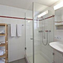 Отель Laagers Hotel Garni Швейцария, Самедан - отзывы, цены и фото номеров - забронировать отель Laagers Hotel Garni онлайн ванная фото 2