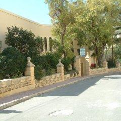 Отель San Antonio Guest House Мунксар парковка