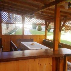 Отель Traditsia Guest House Болгария, Копривштица - отзывы, цены и фото номеров - забронировать отель Traditsia Guest House онлайн бассейн