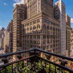 Отель Library Hotel by Library Hotel Collection США, Нью-Йорк - отзывы, цены и фото номеров - забронировать отель Library Hotel by Library Hotel Collection онлайн балкон