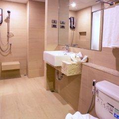 B2 Bangna Premier Hotel ванная
